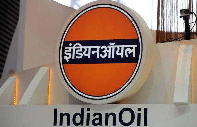 IOC (आईओसी) के चेयरमैन, संजीव सिंह ने कहा, देश में पेट्रोल, डीजल, और कुकिंग गैस स्टॉक लॉक डाउन तक पर्याप्त है