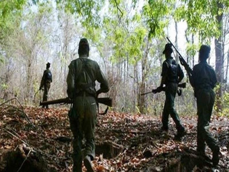 सुकमा में नक्सली-पुलिस मुठभेड़ में 17 जवान शहीद
