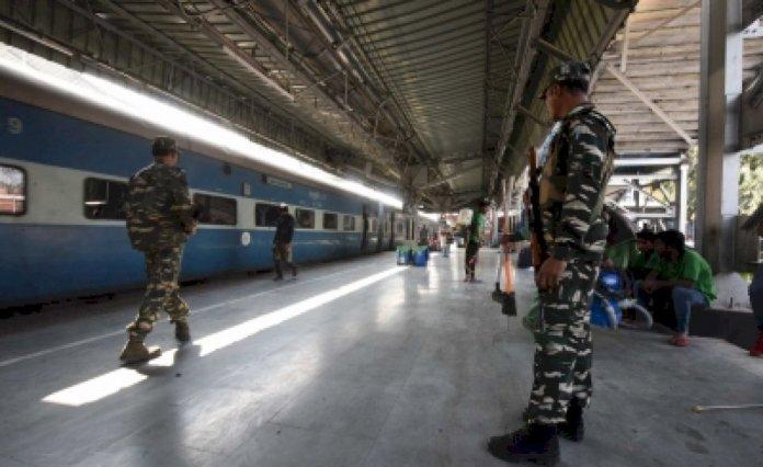 सभी पैसेंजर ट्रेन 31 मार्च की मध्यरात्रि तक रद्द : रेलवे