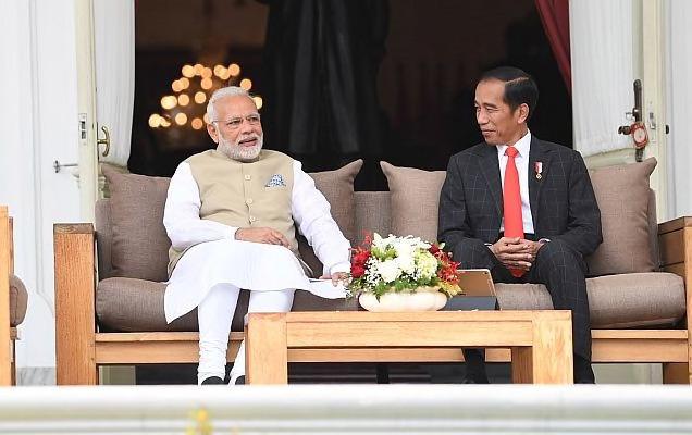 प्रधानमंत्री नरेंद्र मोदी ने आज डोनेशिया के राष्ट्रपति एच. ई.जोको विडोडो से फोन पर बात की।