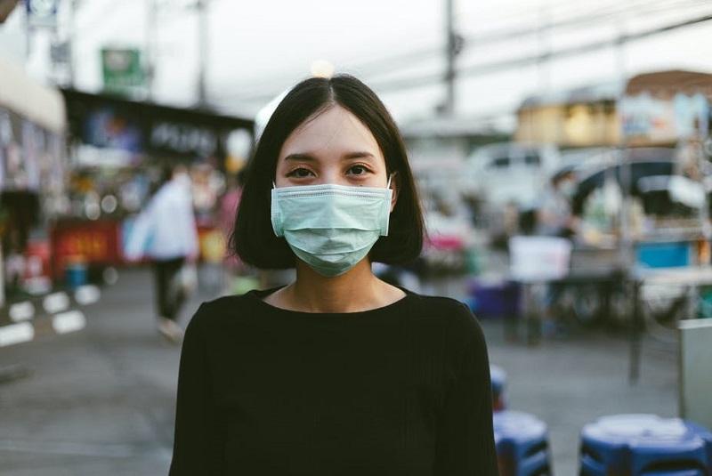 कोरोनवायरस के कारण दुनिया भर में अब तक दो लाख से अधिक लोगों की मौत
