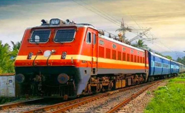 भारतीय रेलवे ने 13 मई, 2020 तक देश भर में चलाई हैं 642 'श्रमिक स्पेशल' ट्रेनें