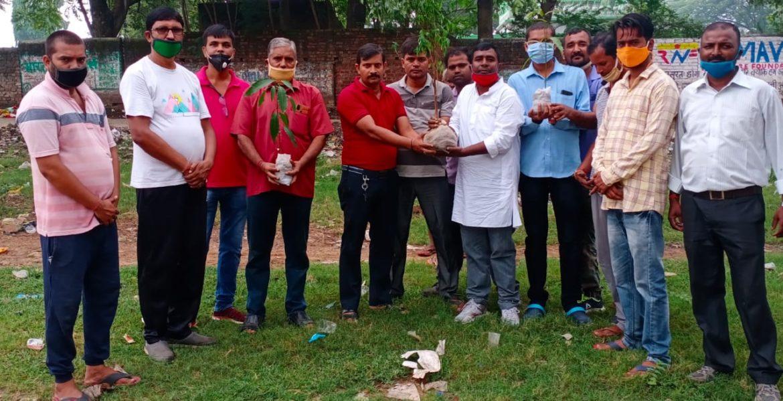 विजय कुमार गोंड के नेतृत्व में वृक्षारोपण एवं साफ सफाई अभियान चलाया गया: जमशेदपुर