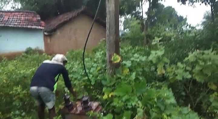 दो साल से अंंधेरे में जी रहे हैं ग्रामीण: झारखंड