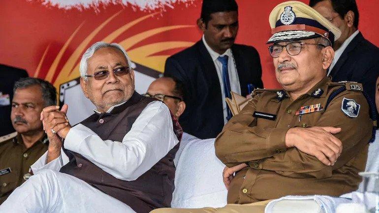 पूर्व पुलिस महानिदेशक गुप्तेश्वर पांडेय जदयू में शामिल: बिहार