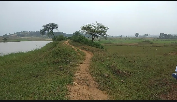जोकेयसाई में अब तक नहीं बनी पक्की सड़क, ग्रामीण परेशान: झारखंड